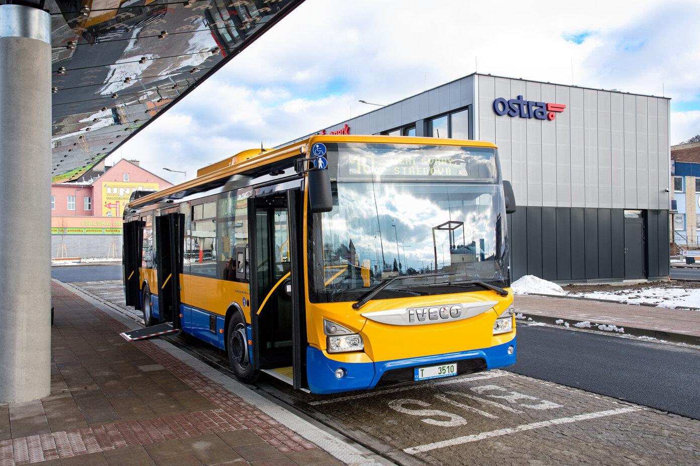 Společnost KAR group, a.s. započala s dodávkou autobusů pro Dopravní společnost Zlín - Otrokovice